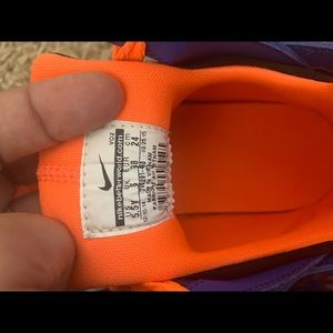 NWOT Nike Huarache basketball shoes
